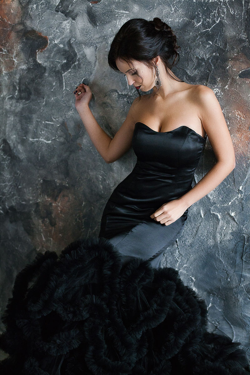Платье Черный лебедь в прокат