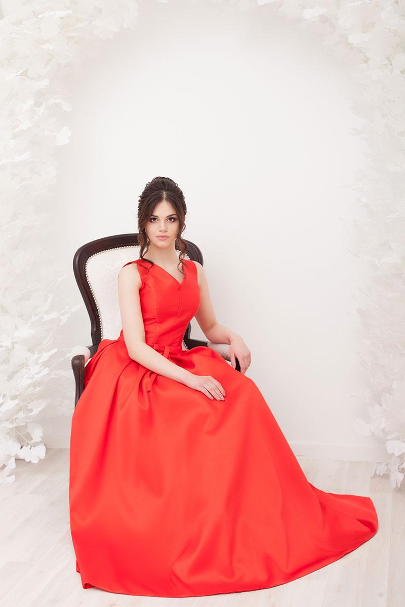 Платье Красное королевское в прокат