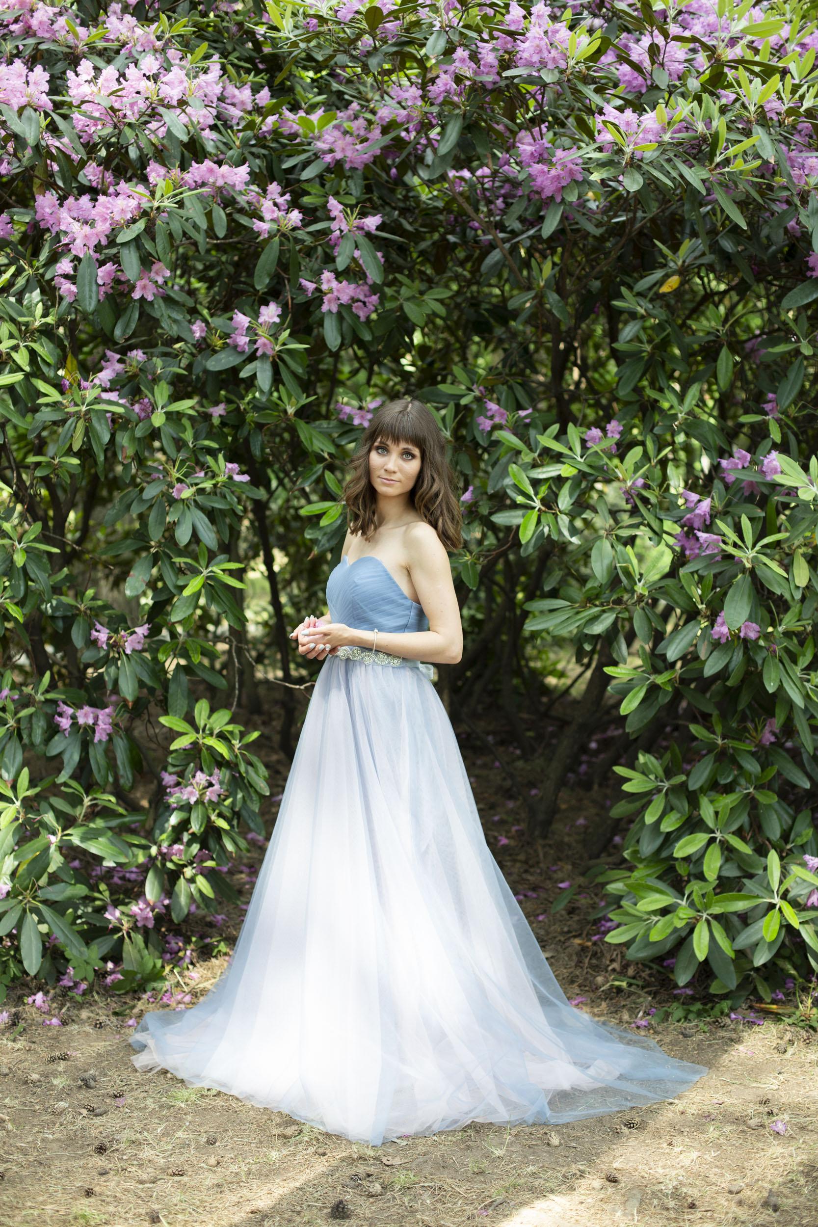 Голубо-розовое платье в прокат
