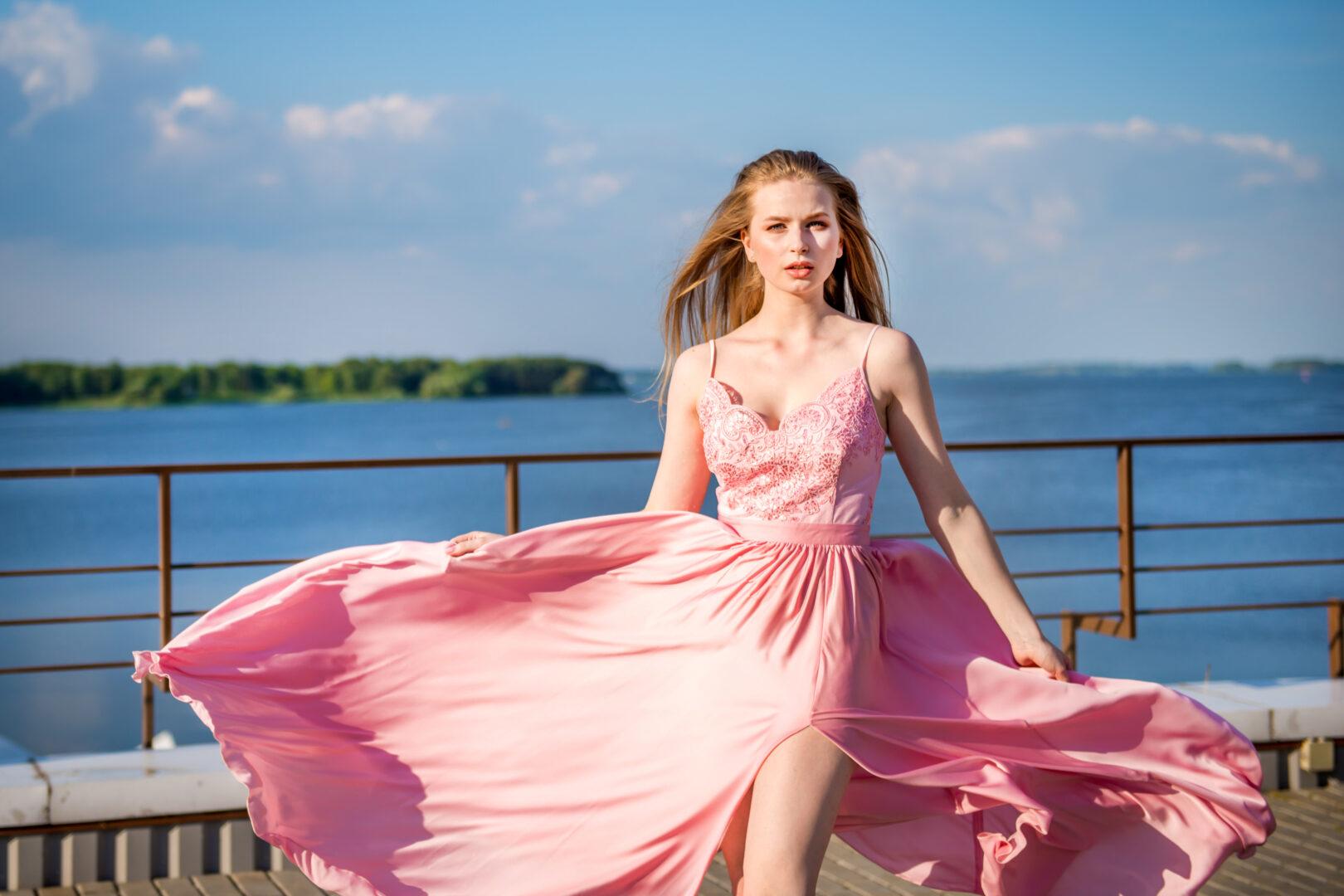 762c1131172d2e3 Прокат платьев для фотосессий - Интерьерная фотостудия NeoStudio